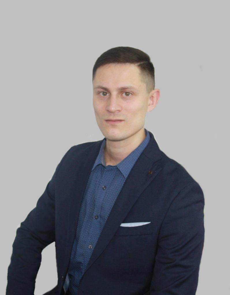 Работа переводчиком_китайский переводчик_Александр Бакштановский_ichinese8.ru
