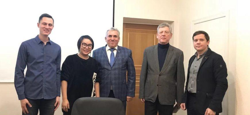 Китайский переводчик_Александр Бакштановский_ichinese8.ru