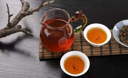 Красный чай  红茶