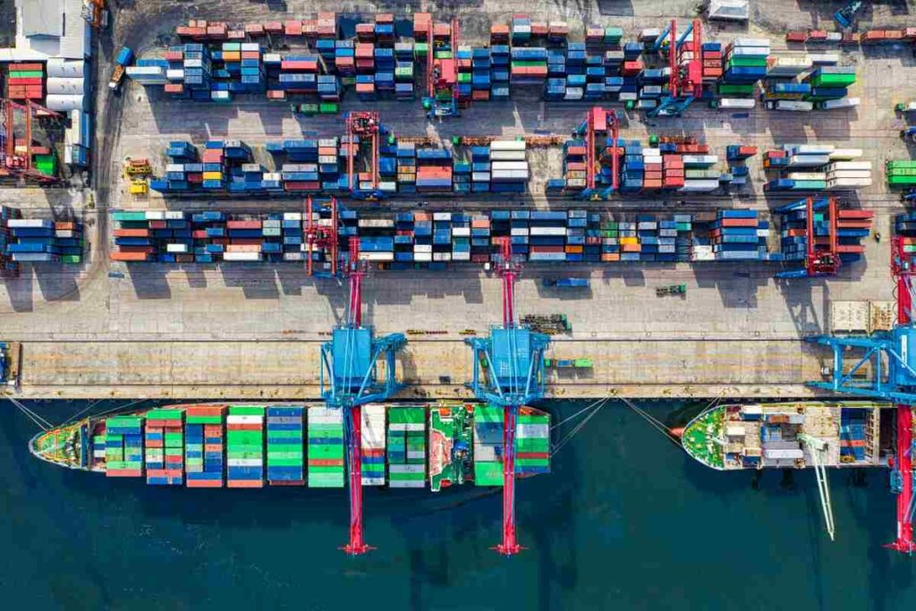 Шанхай крупнейший порт